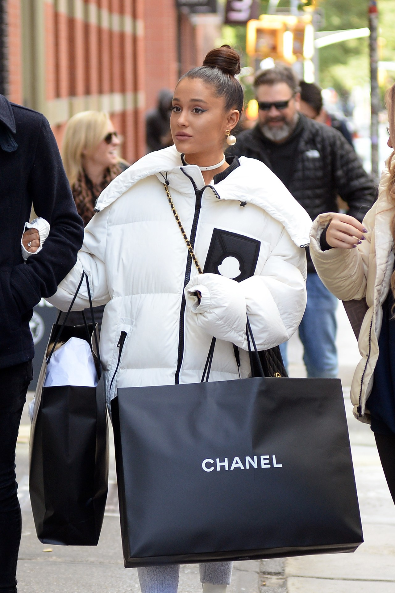 EXCLUSIVE: ** PREMIUM RATES APPLY ** Ariana Grande looking happy while out shopping at Chanel with her instagrammer friend Doug just days after the breakup with her boyfriend Pete