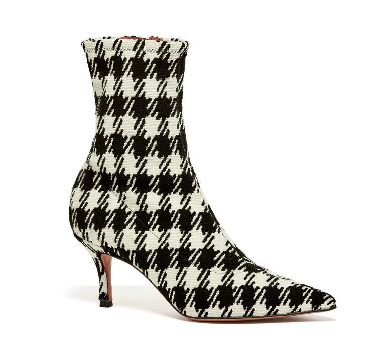Fall's Plaid Boots: Which Height is Right for You?