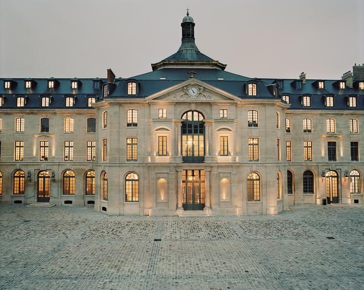 The new Parisian headquarters.