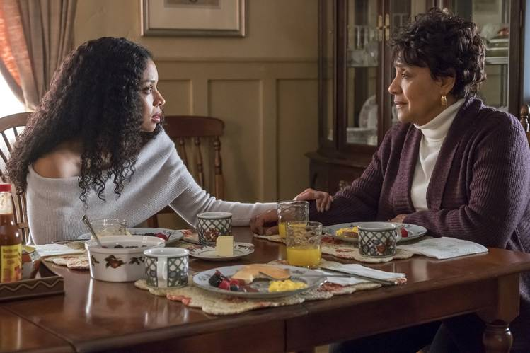 Phylicia Rashad, right, and Susan Kelechi Watson in a scene from the NBC drama 'This Is Us.'