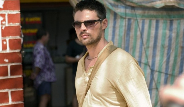 The Bourne Supremacy Karl Urban walking through a street market incognito