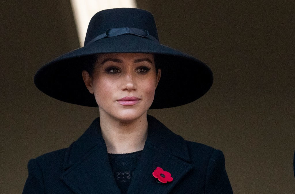 pMeghan Markle attends the Remembrance Day service at Cenotaph.p