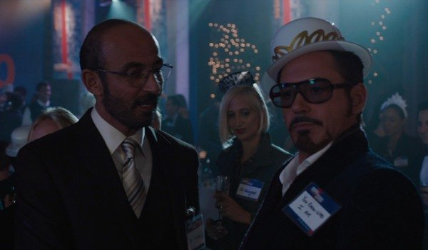 Iron Man 3 Ho Yinsen tries to get Tony Stark's attention