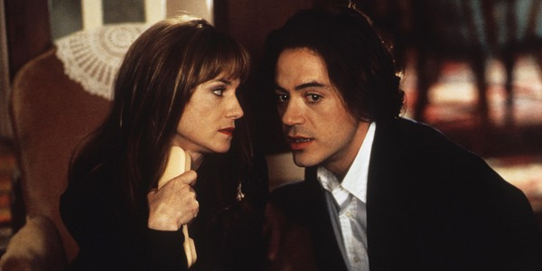 Holly Hunt and Robert Downey Jr in Home for the Holidays