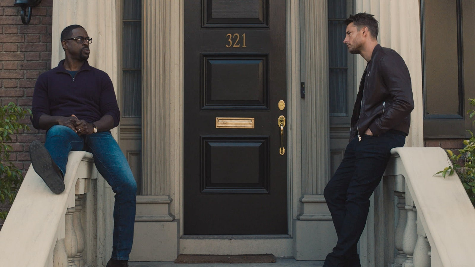 THIS IS US Brotherly Love Episode 513 Pictured in this screengrab Sterling K. Brown as Randall Justin Hartley as Kevin